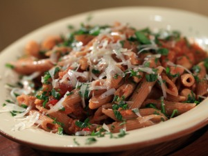 CCWID119_Ceci-Chickpeas-Sauce-with-Penne_s4x3_lg